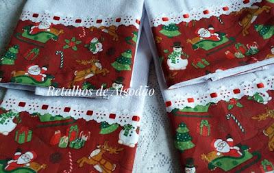 Pano de prato de Natal com barra de tecido e passa fita com fita vermelha