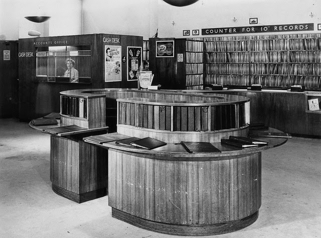 45 Black And White Photos Of Hmv Shop In Oxford Street