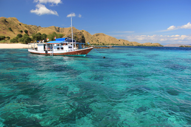Pink Beach Komodo Island Boat