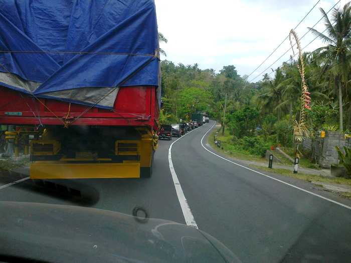Traffic jams on the Denpasar-Gilimanuk Road, Tuesday, November 27, 2012
