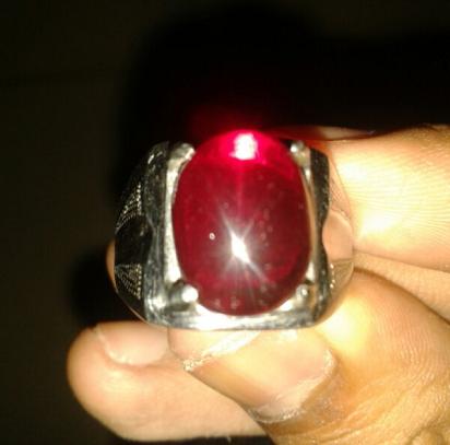 model cincin pria mewah,model cincin pria,model cincin batu,model cincin pria terbaik,model cincin pria elegan,