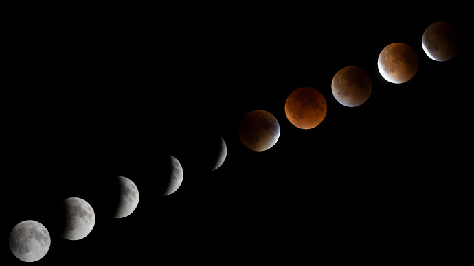 Wallpaper: Lunar Eclipse