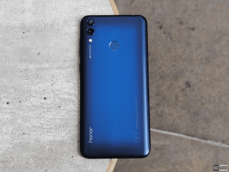 Honor 8C is one of the most stylish phone that you can buy for the price