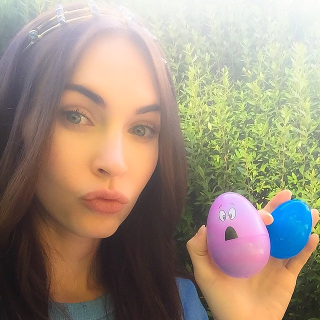 Megan-Fox-wish-you-Happy-Easter-on-Instagram