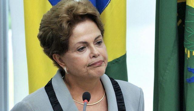 Dilma irá ao Senado para julgamento final do impeachment, diz assessoria