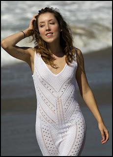 mujeres-hermosas-vestidos-transparentes