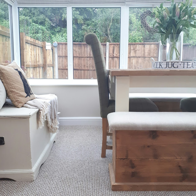 Inspiration on how to stye a conservatory as a dining room