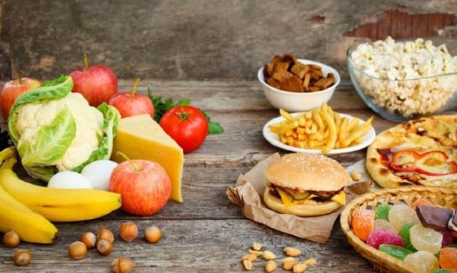 Ποιες τροφές πρέπει να αποφεύγετε αν είστε άνω των 50;