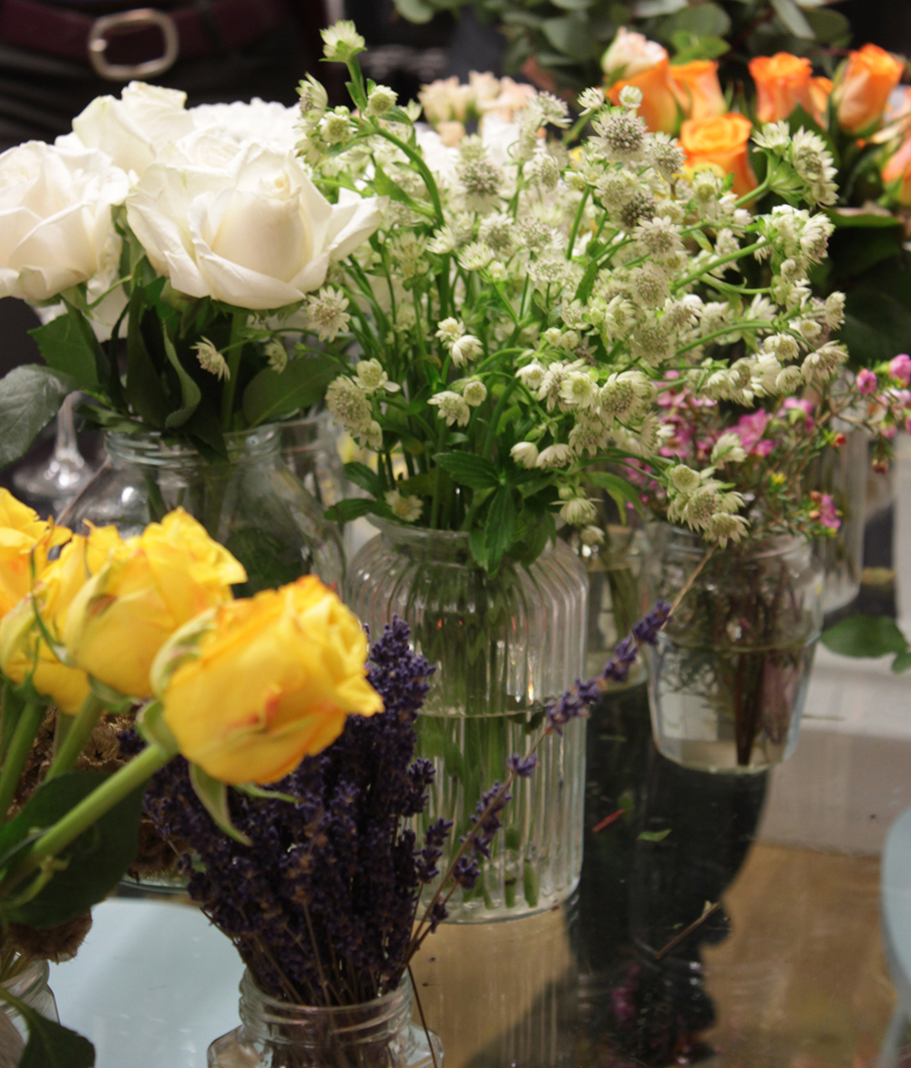 flower arranging, bouquet idea, boohoo blog event,