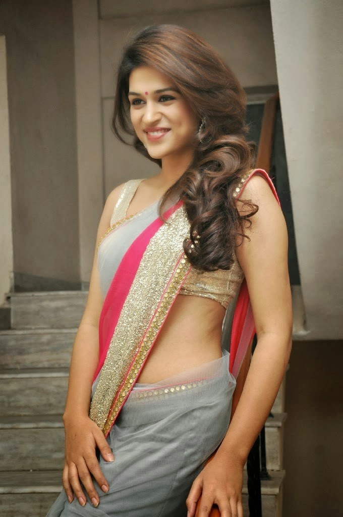 Tollywood Hot And Sexy Actress Shraddha Das New Photos In -7117