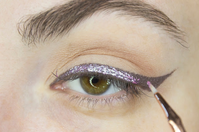 New year make-up 2018, step 7: Lime Crime Diamond Crushers Acid Fairy