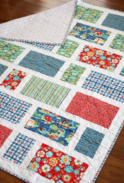 Zoo Dwellers - a fun & free quilt pattern from Andy of A Bright Corner.  This crib size fat quarter quilt would be quick to make!