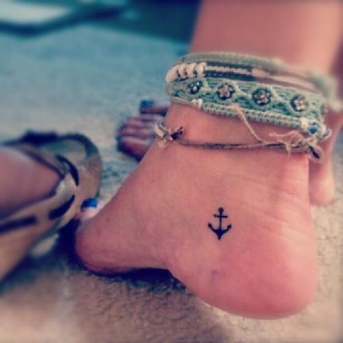 little+cute+anchor+Female+tattoo