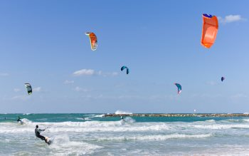 Wallpaper: Kitesurfing