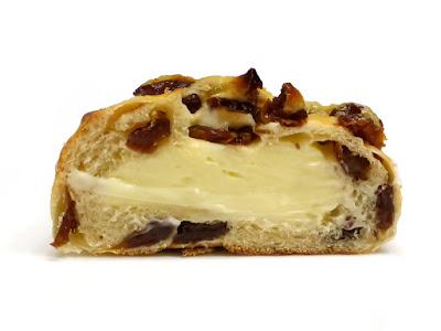 クリームチーズレーズン | Boulangerie Bonheur(ブーランジェリーボヌール)