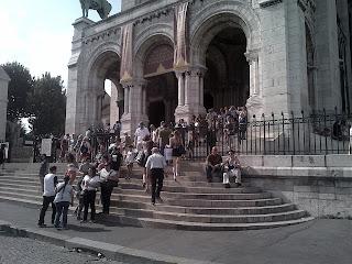 marches du Sacré-cœur,  visiteurs. Montmartre.