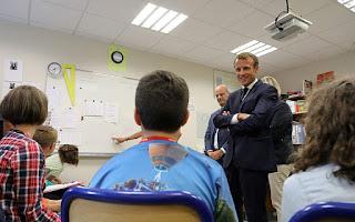 Γαλλία: Τέλος κινητά και τάμπλετ στα σχολεία για να μην αποσπώνται οι μαθητές