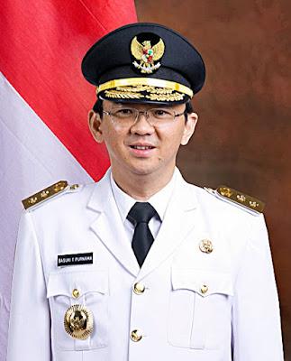 Contoh Teks Biografi Basuki Tjahaja Purnama Bahasa Indonesia Kelas VIII Kurikulum 2013