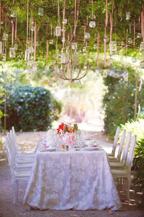 pretty and elegant garden party or wedding dinner table