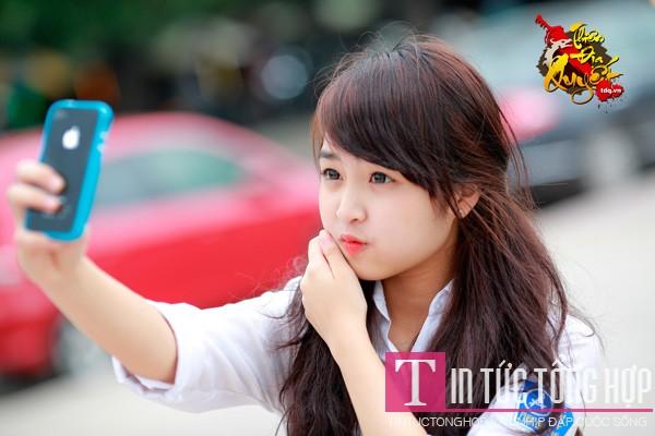 Nữ game thủ PhuongAnk xinh như mộng