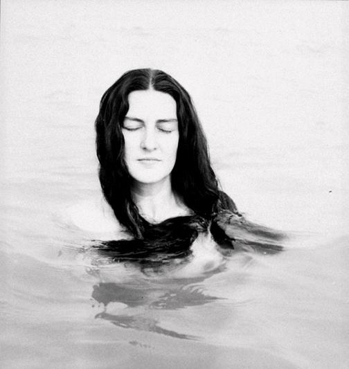 Edward Weston - NUDE (CHARIS)