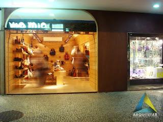 projeto arquitetura fachada letreiro vitrine loja calçados femininos