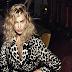 Η Irina Shayk ποζάρει για τη ρώσικη Vogue