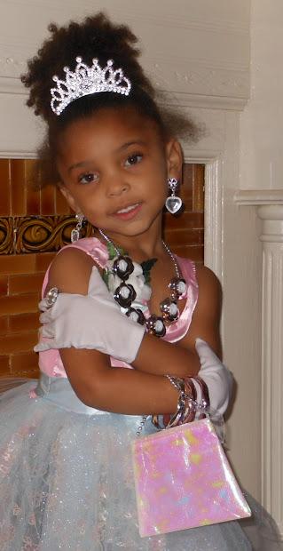 princess - haiku little black