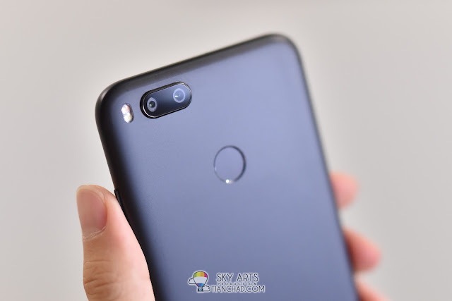 Xiaomi Mi A1 Dual Camera with LED Flash