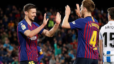 Lenglet e Rakitic, Barcelona x Real Sociedad (Foto: REUTERS/Albert Gea)
