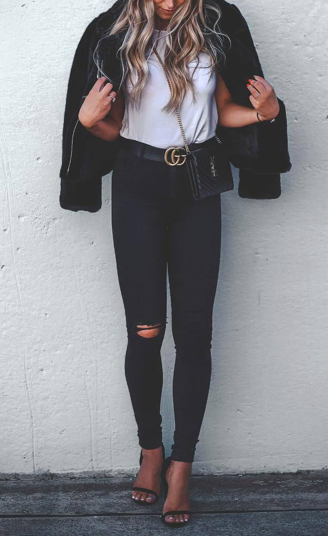 cute fall outfit idea / black skinnies + jacket + hat + white t-shirt + heels + bag