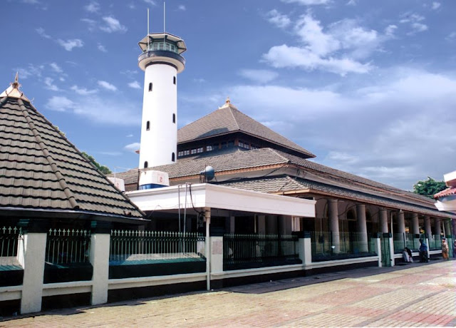 Takmir Mengaku tidak Tahu akan ada Pengajian Habib Rizieq di Masjid Ampel