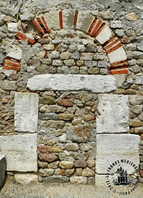 SAINT-JEAN-DE-MUZOLS (07) - Eglise romane