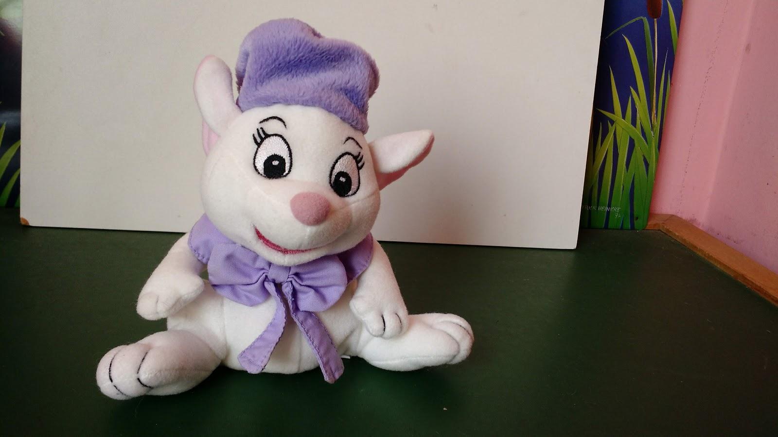 taffy shop brechó de brinquedos pelúcia da ratinha bianca do