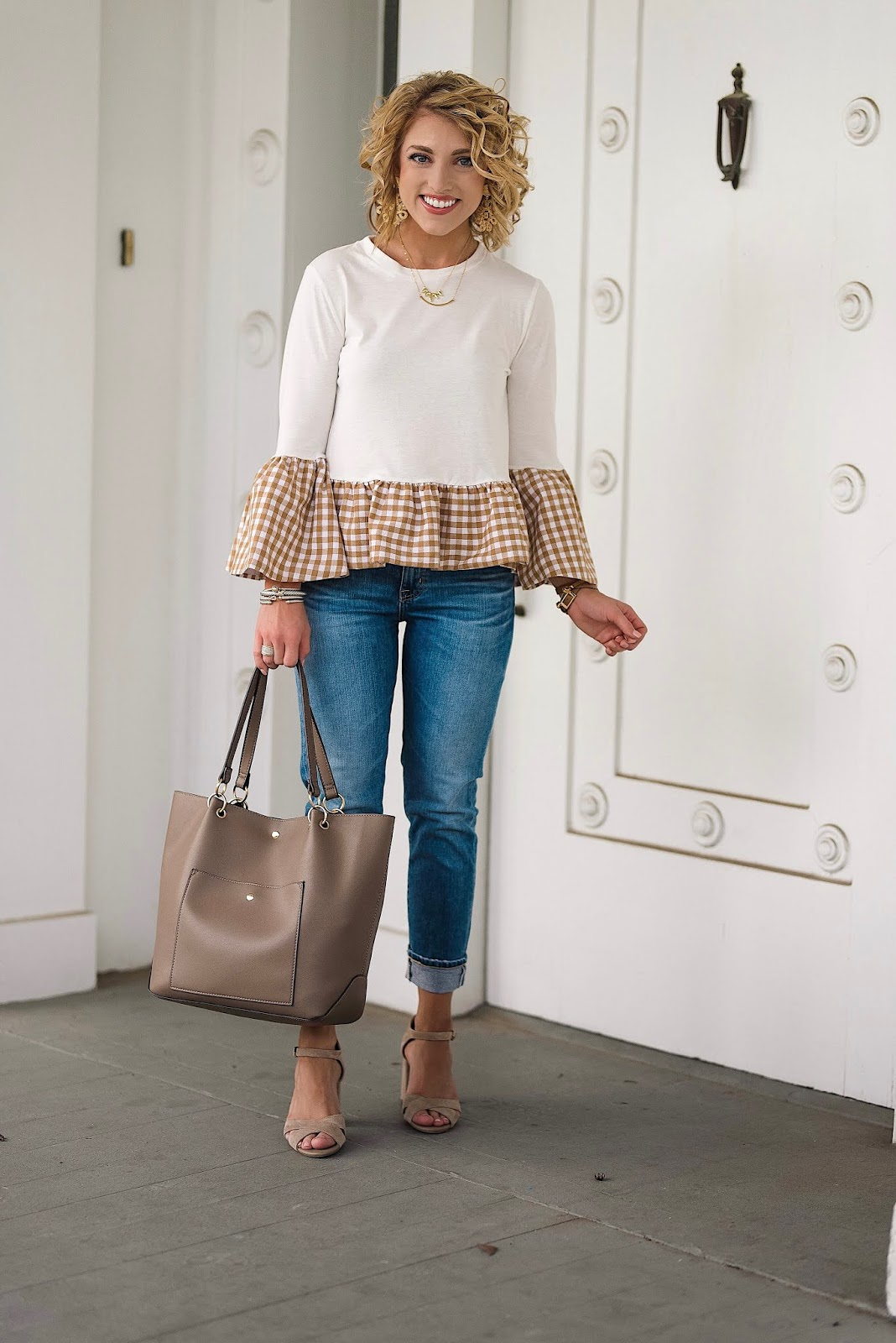 How To Add A Feminine Flair To Boyfriend Jeans + The Cutest Gingham Ruffle Peplum Top of All Time - Something Delightful Blog @racheltimmerman #somethingdelightfulblog #racheltimmerman #femininefashion