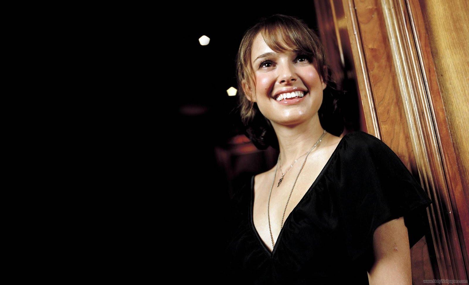 Natalie Portman Hollywood Wallpapers: Natalie Portman Biography And Wallpapers