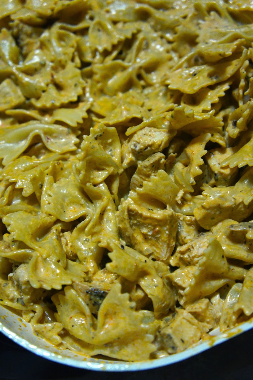 Farfalle with Chicken in Sun-Dried Tomato Olive Pesto Cream Sauce: Savory Sweet and Satisfying