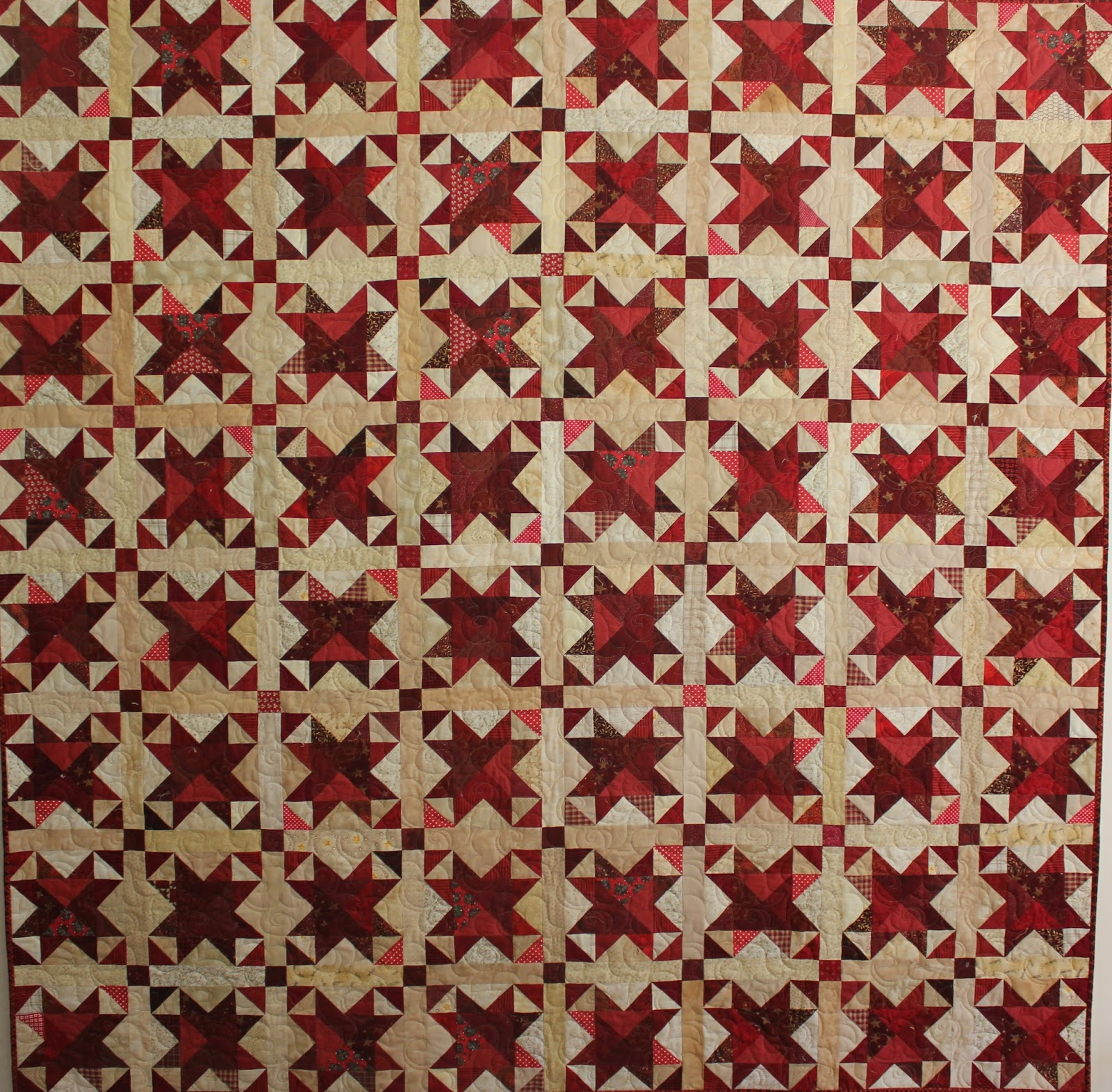 Silly goose quilts red star scrappy quilt - Carrelage geometrique ...