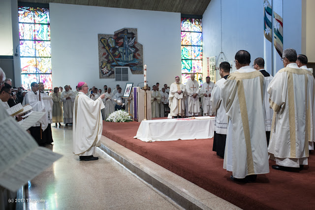 Hình ảnh thánh lễ an táng Đức Cha Dominicô Mai Thanh Lương - Ảnh minh hoạ 27
