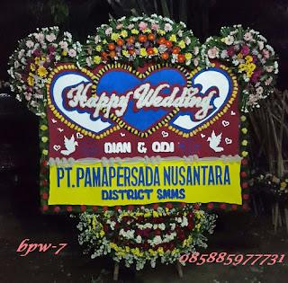 Bunga papan wedding jakarta, bunga papan pernikahan, karangan bunga wedding , bunga papan jakarta barat, toko bunga taman mini
