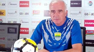 Mario Gomez Bersyukur Persib Raih Poin di Kandang Persipura