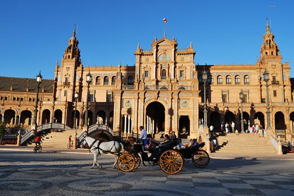 plaza españa seville spain horse carriage