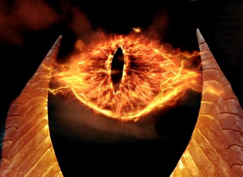 ojo de sauron en la película el señor de los anillos