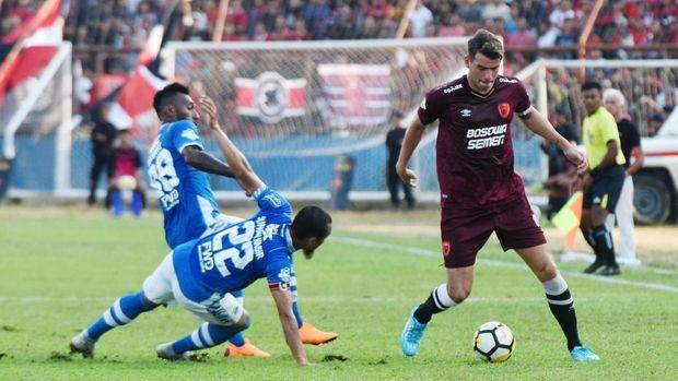 Profile Rene Alberts Inilah Pelatih Berpengalaman Pilihan Persib 2019