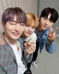 Foto cute Minhyun dan Jisung, Deahwi Wanna One