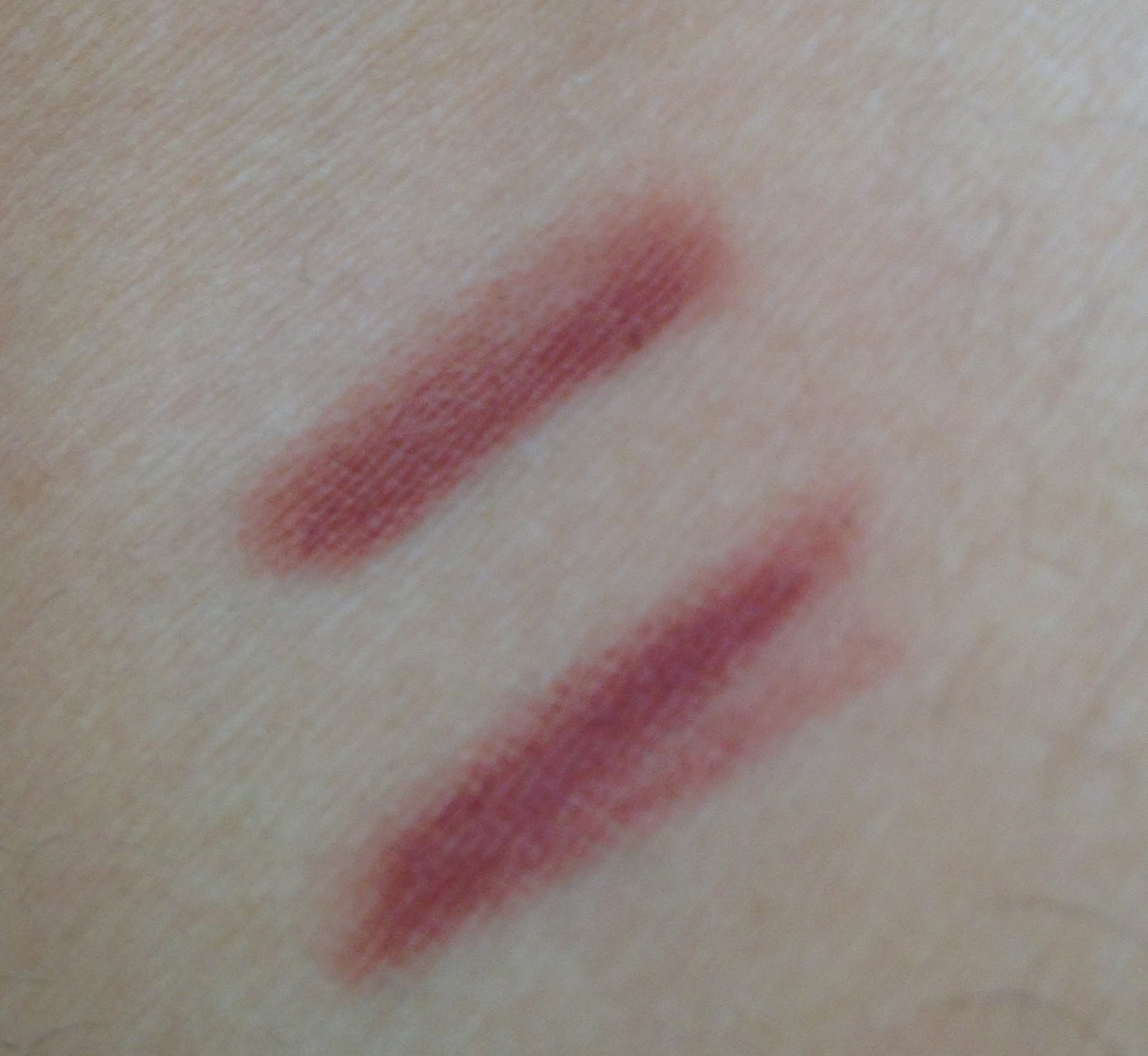Dupe Alert!!! NYX lip liner in Natural is almost exactly
