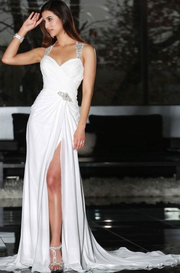 http://www.dressfashion.co.uk/product/sweetheart-a-line-chiffon-with-beading-white-split-front-wedding-dresses-ukm00022239-13836.html?utm_source=minipost&utm_medium=1174&utm_campaign=blog
