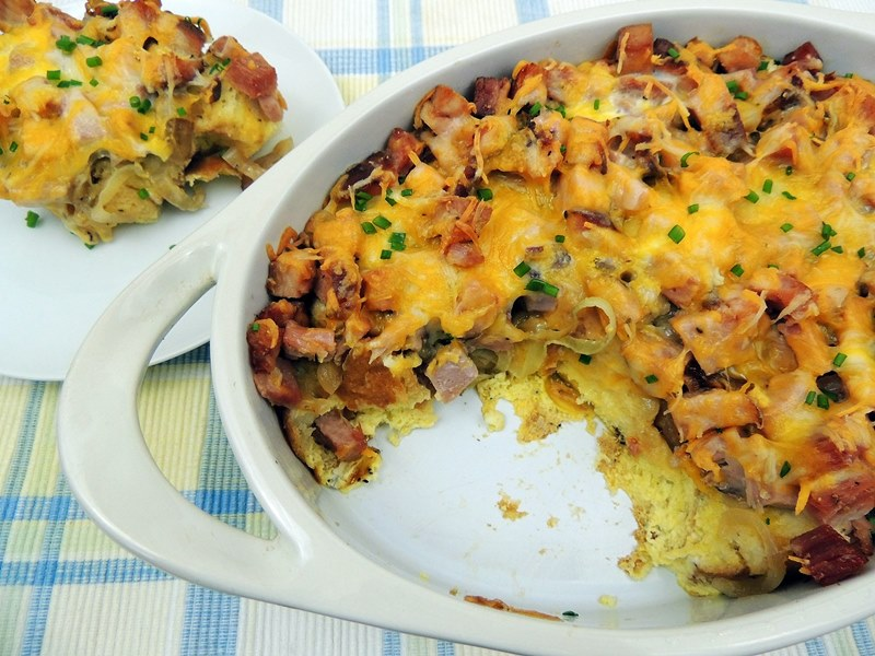 Make Ahead Ham and Cheese Breakfast Casserole from www.bobbiskozykitchen.com