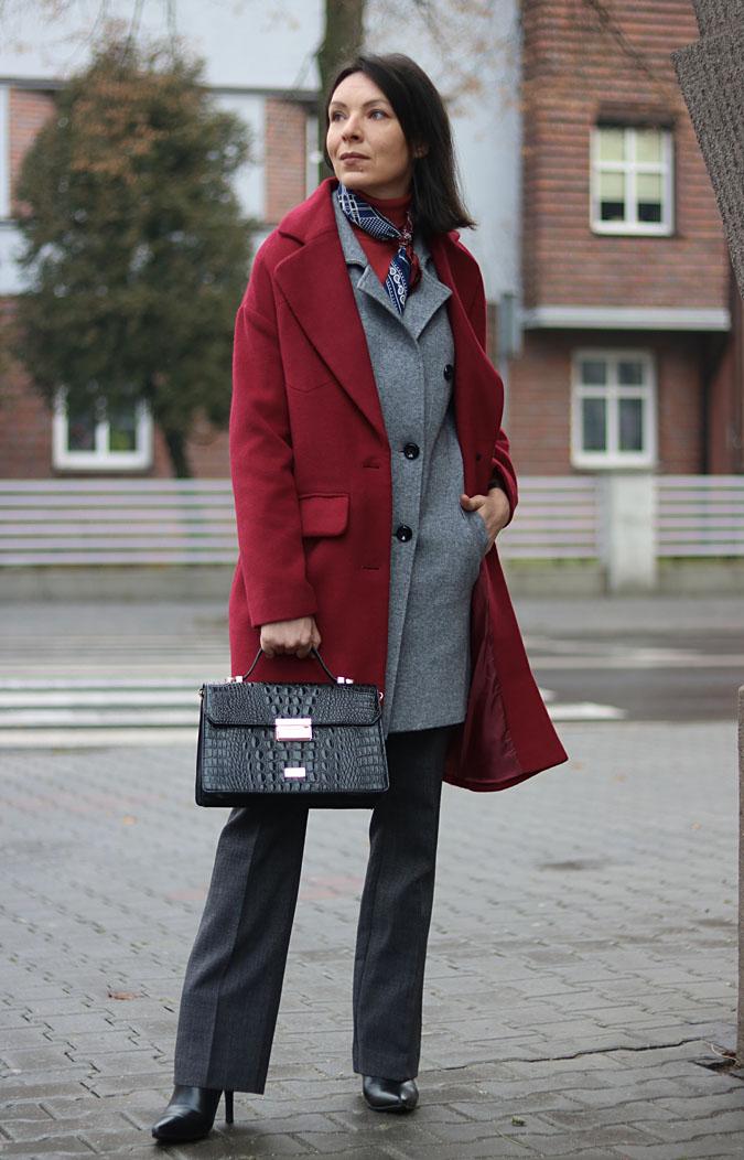 bordowy płaszcz stylizacje 2018