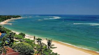 Pantai Senggigi - Pesona Pantai Senggigi